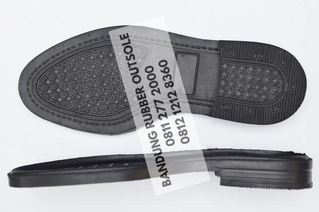 sol sepatu karet 132